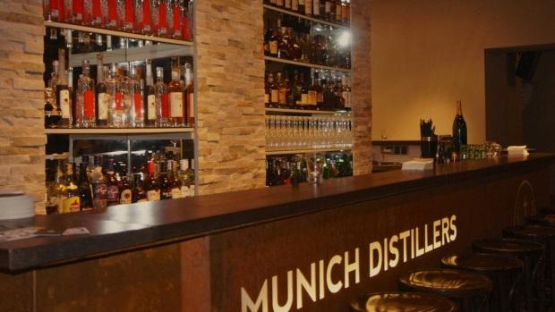 Normalerweise ist es nicht so hell im Munich Distillers. Deswegen wurden die Fotos mies und ich hab das im Internet geklaut. Aber pssst....